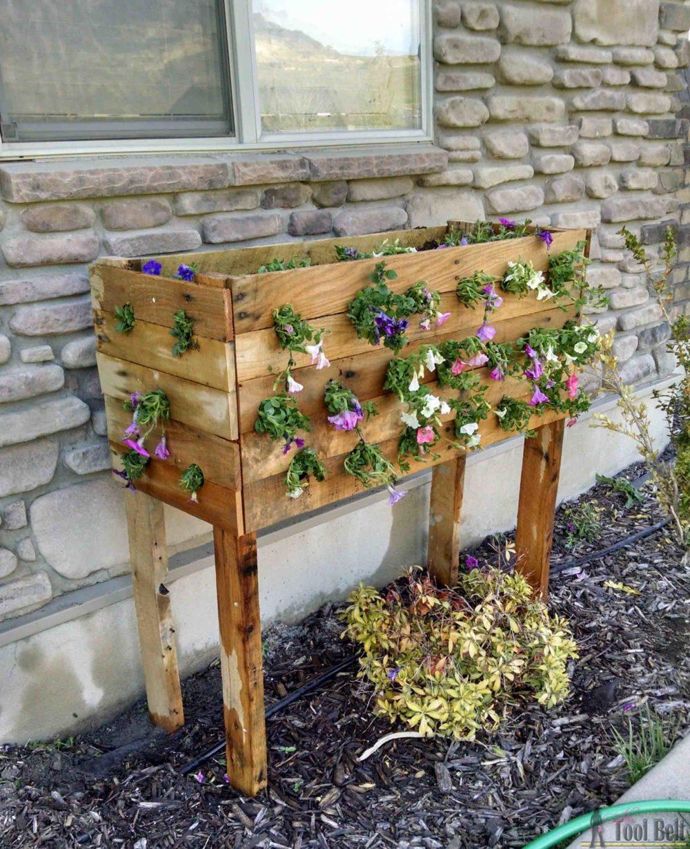 Cascading Flower Pallet Planter Box