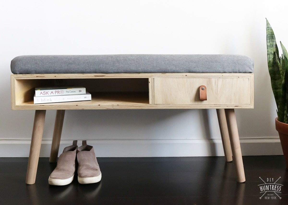Retro Upholstered Entryway Bench