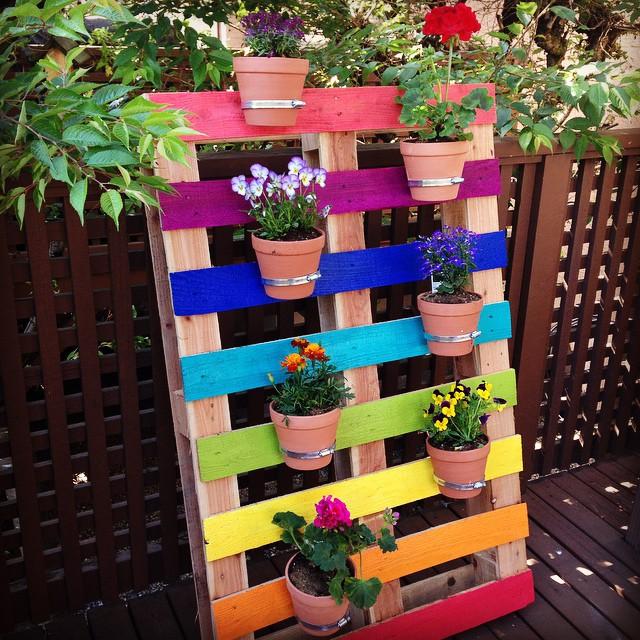 Pallet Rainbow Flower Garden