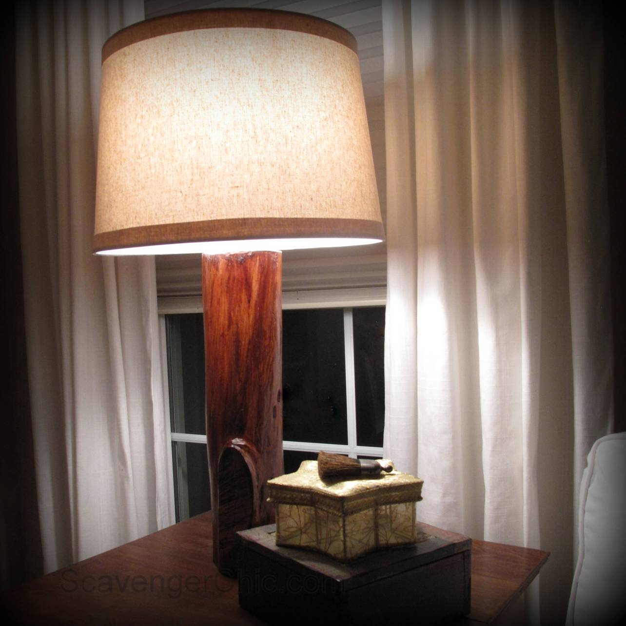 log desk lamp