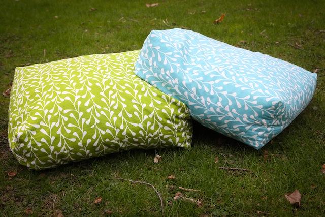Giant Floor Cushions15 Easy DIY Floor Cushions. Easy Diy Floor Pillows. Home Design Ideas