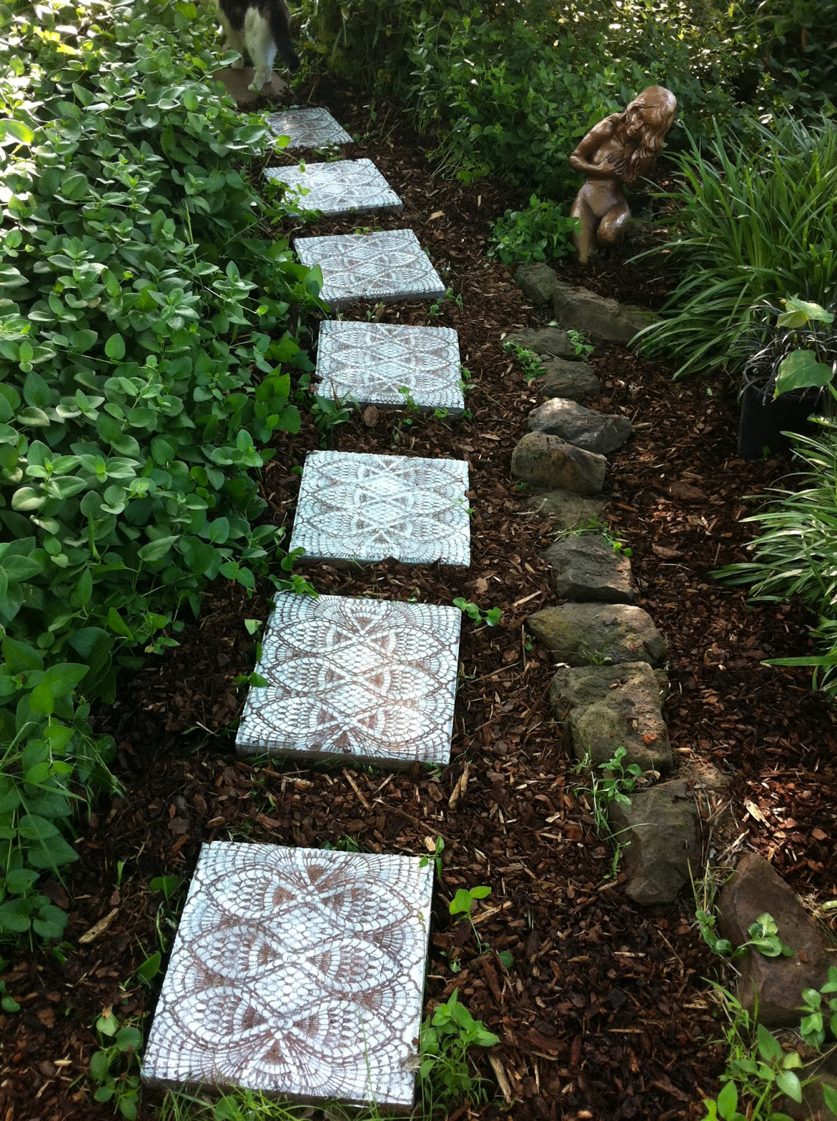 15 creative diy garden path ideas for Garden path ideas