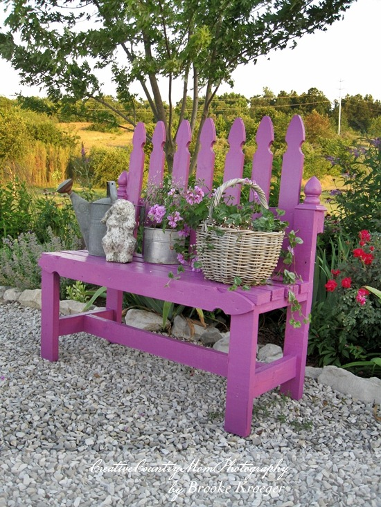 15 Awesome DIY Garden Benches
