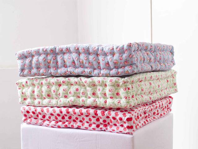 15 Easy DIY Floor Cushions. Easy Diy Floor Pillows. Home Design Ideas