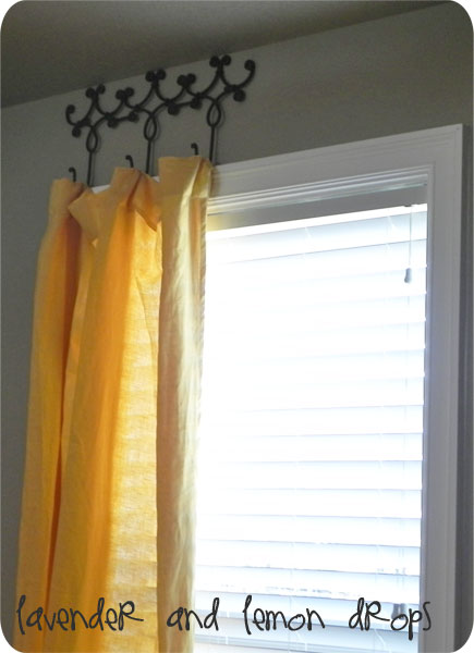 Hanging curtains without rod