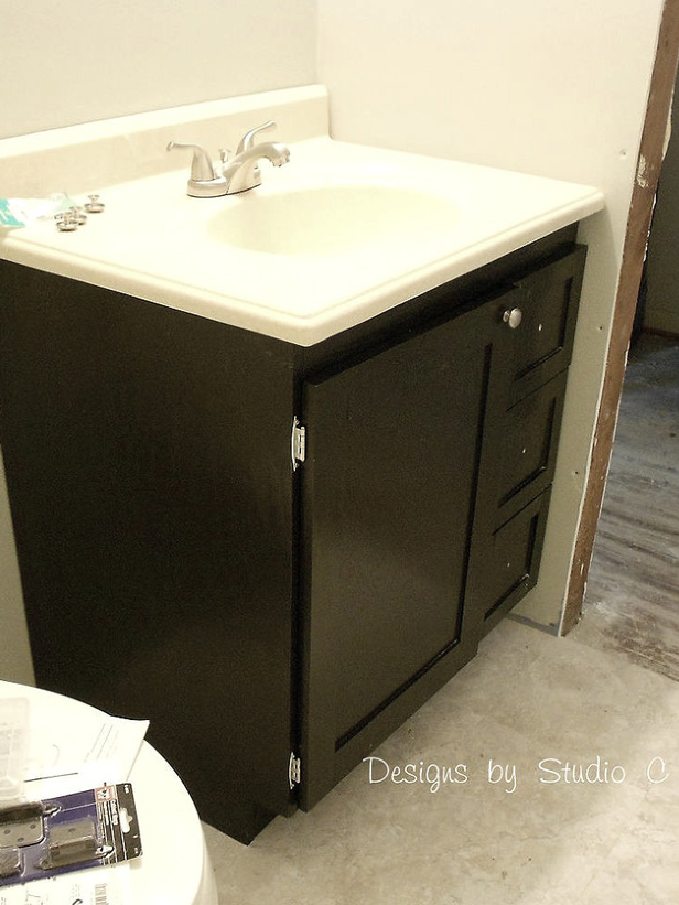 14 creative diy bathroom vanities for Custom bathroom vanity designs