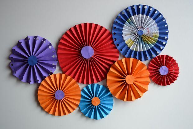 Make Rainbow Paper Rosettes