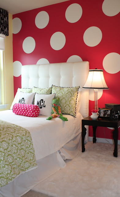 Paint Giant Polka Dots on the Wall