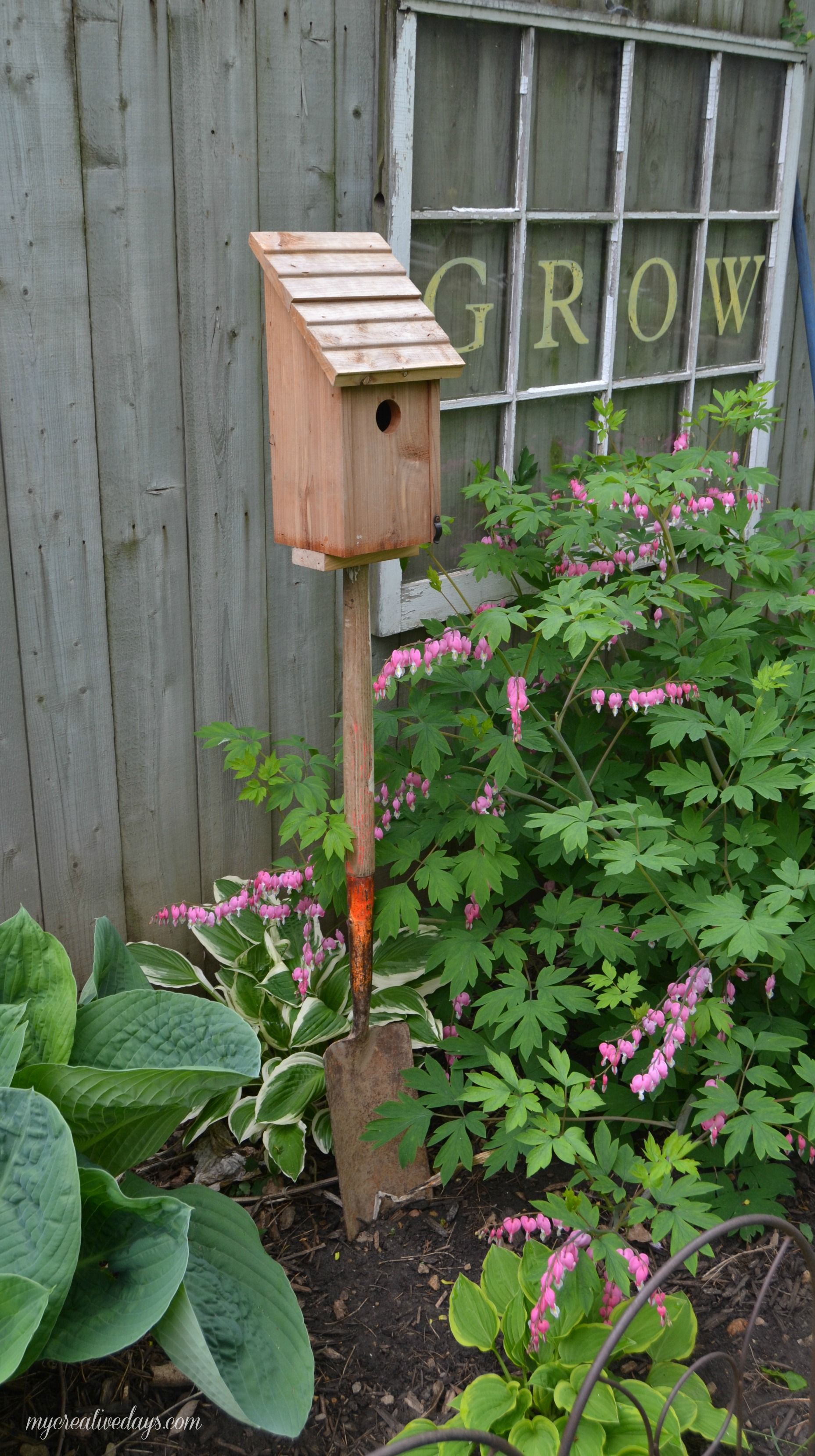 Turn a Shovel Handle into a Bird House