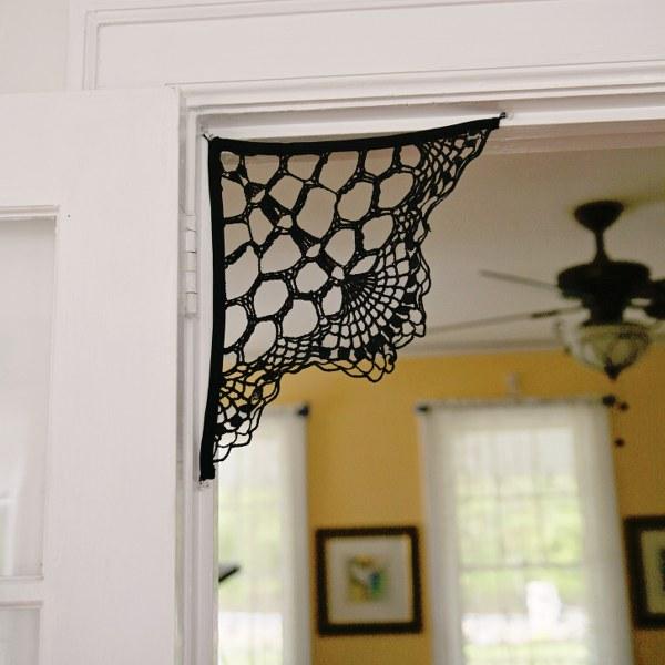 Doily Spiderweb Corbels