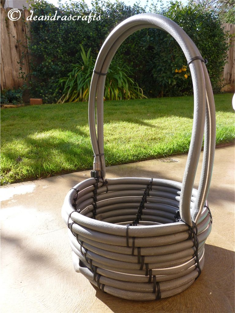 10 Awesome Uses Of Old Garden Hoses