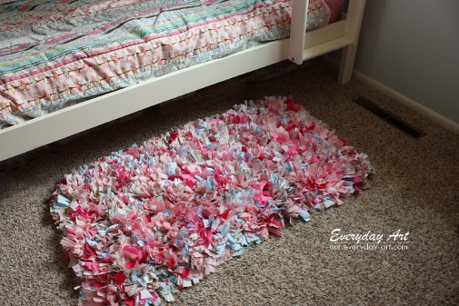 Rag Rug from Fabric Scraps