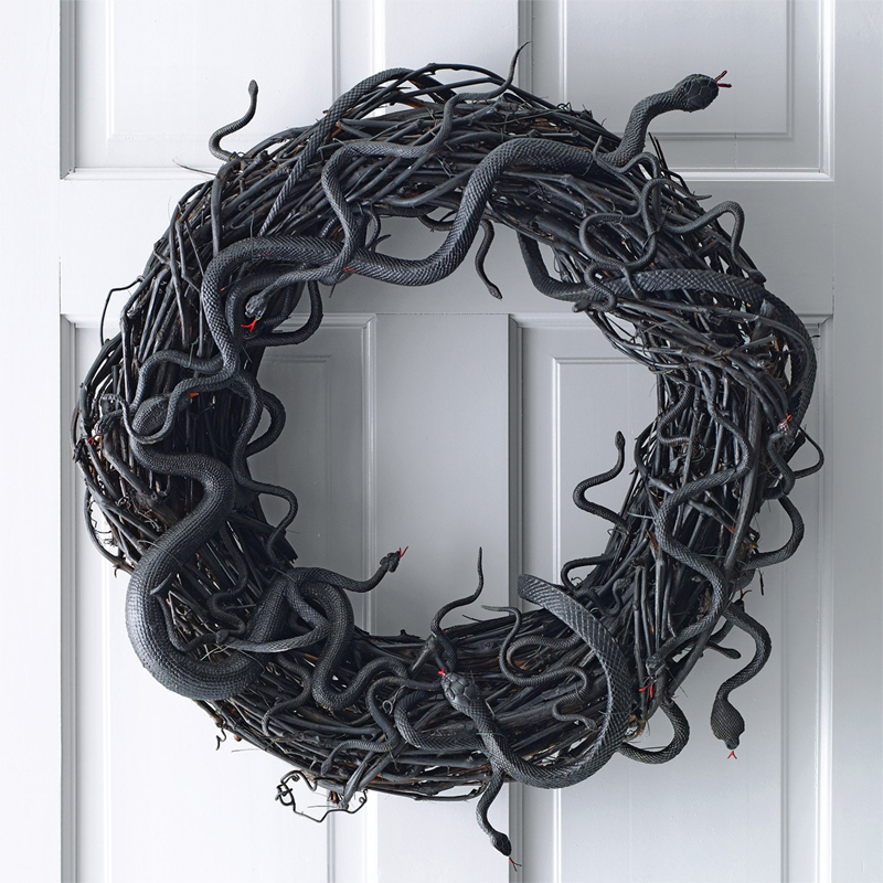 creepy snake wreath