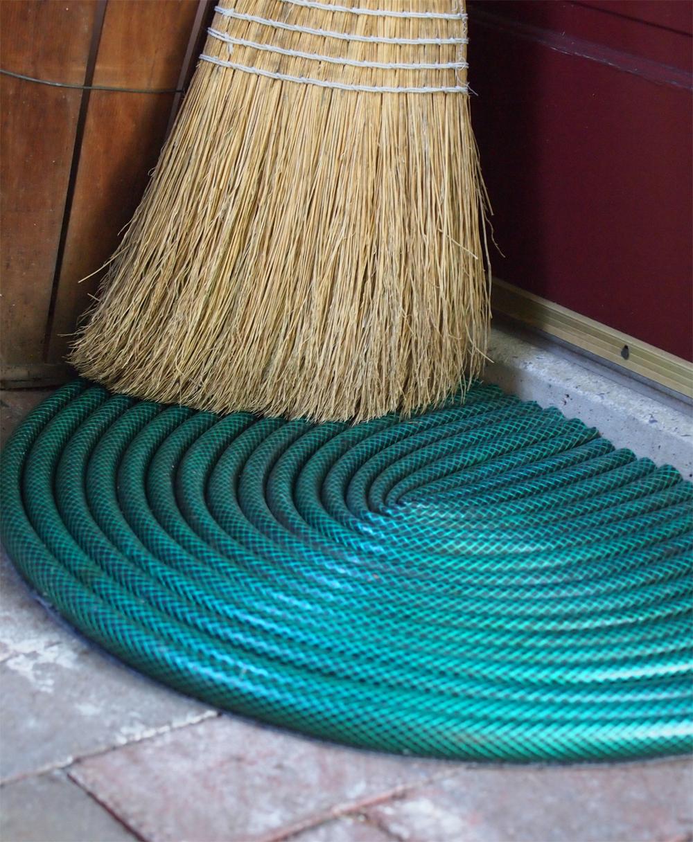 garden hose door mat