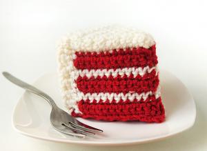 Crochet Red Velvet Cake