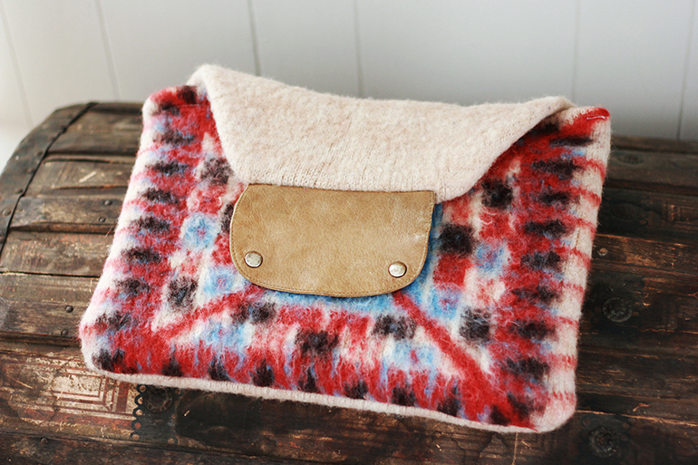 Sweater Laptop Case