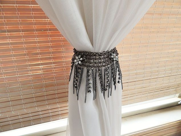 Curtains Ideas curtain holdback ideas : 10 Super Awesome DIY Curtain Tie Backs