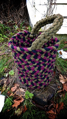 Finger Knit Basket