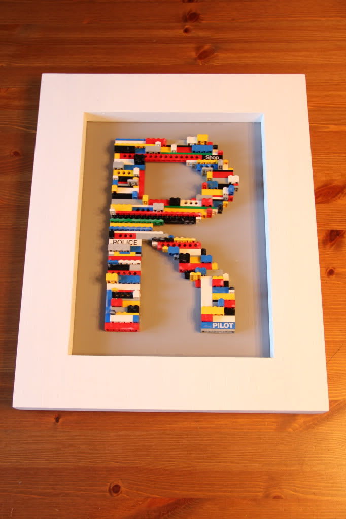 10 Awesome Ways To Decorate With Legos
