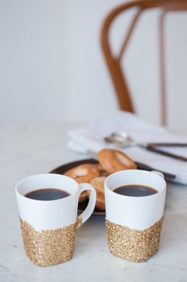 gold glitter mugs