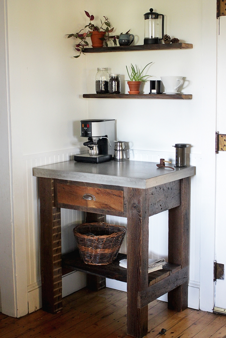 20 things you can build with reclaimed wood for Things in a coffee bar
