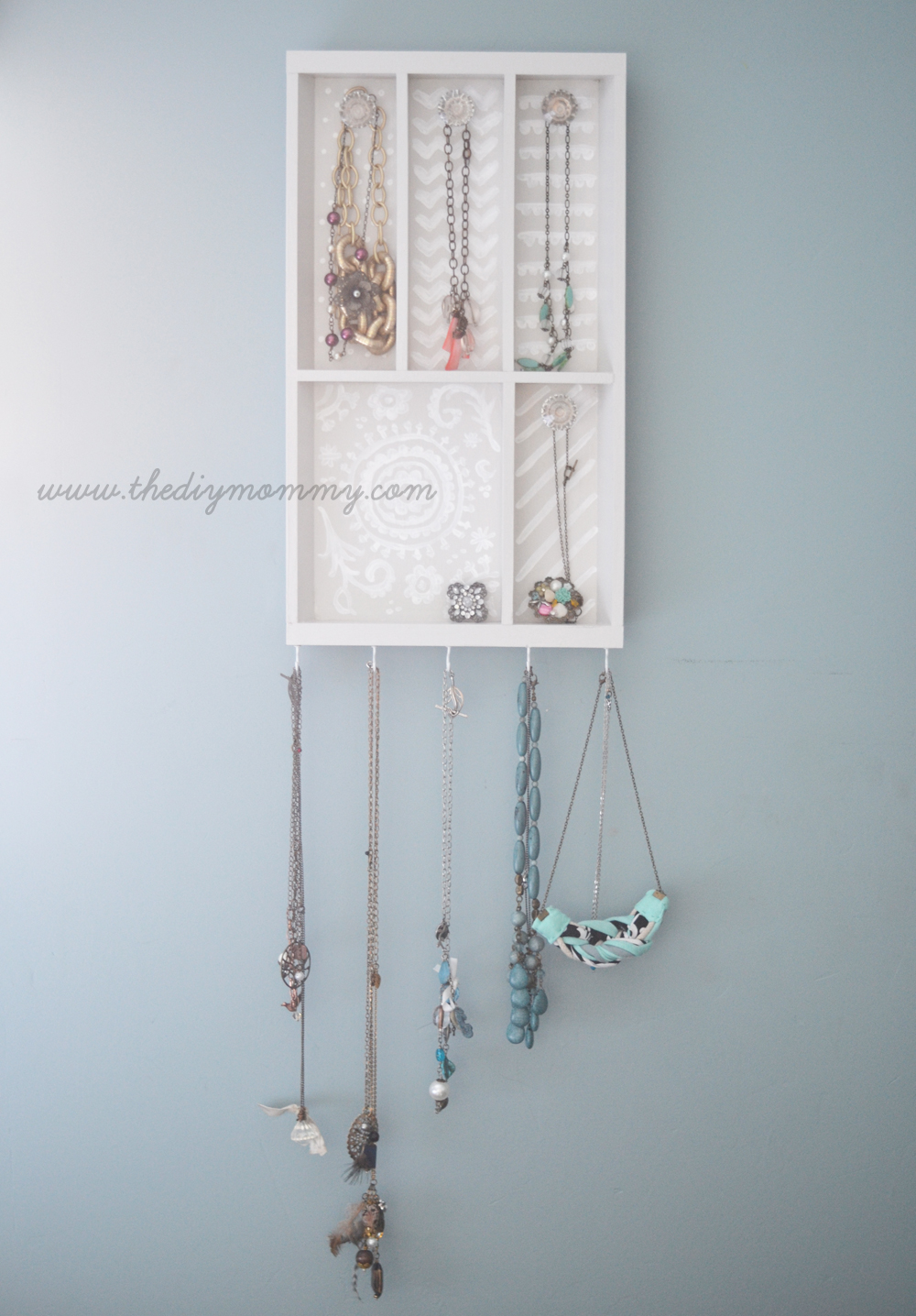 Make a Jewelry Holder from a Cutlery Tray