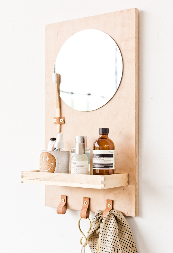 Bathroom Organizer with Mirror